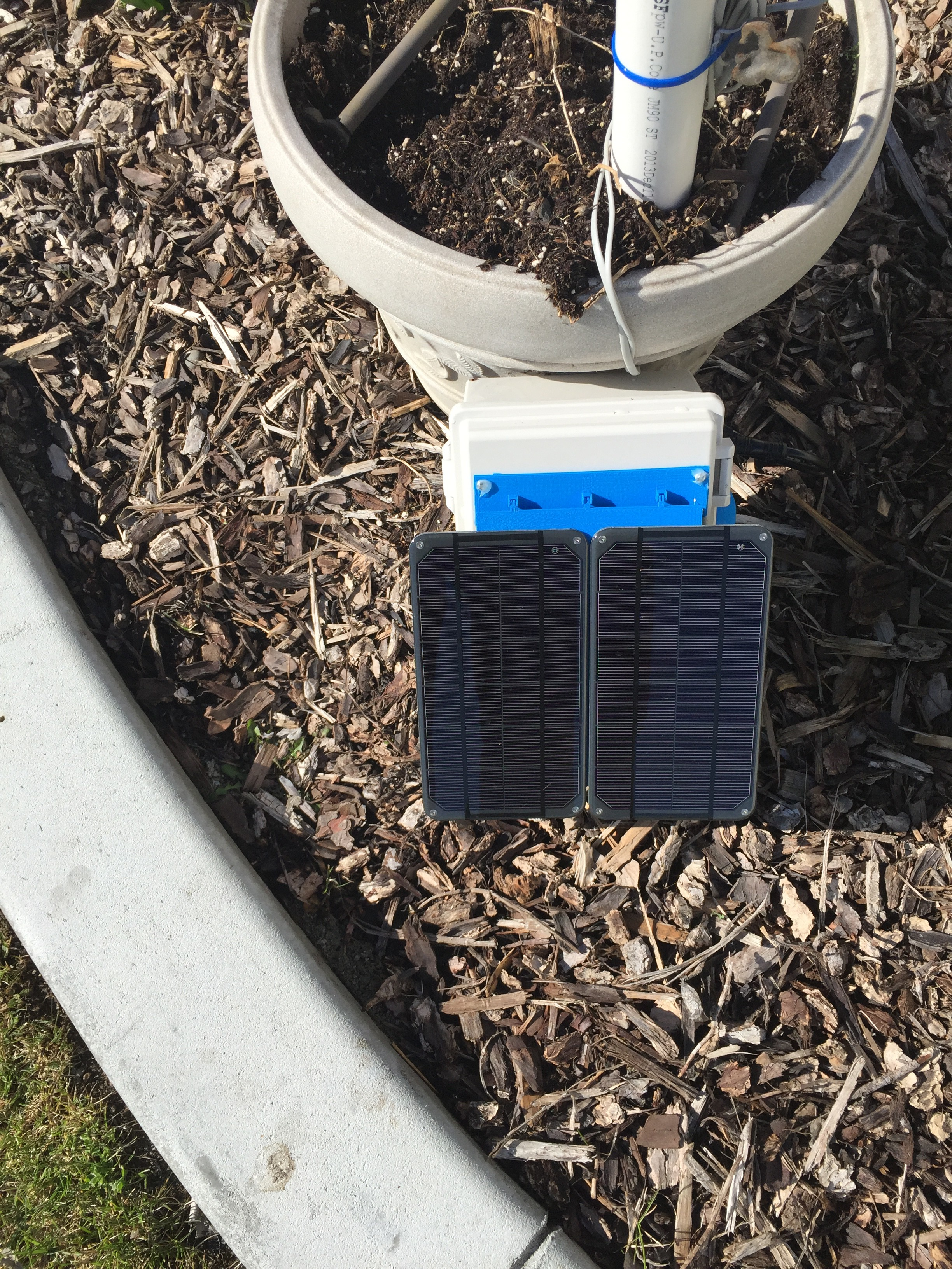 WeatherPi Solar Powered Raspberry Pi Project
