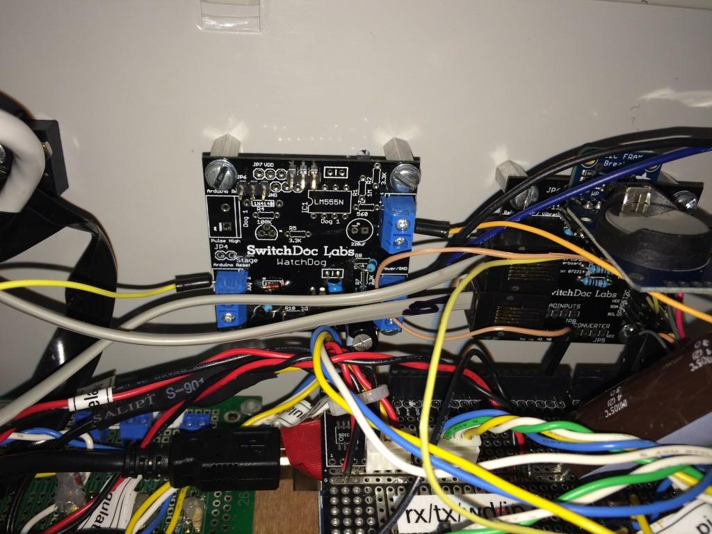 Project curacao arduino battery watchdog part