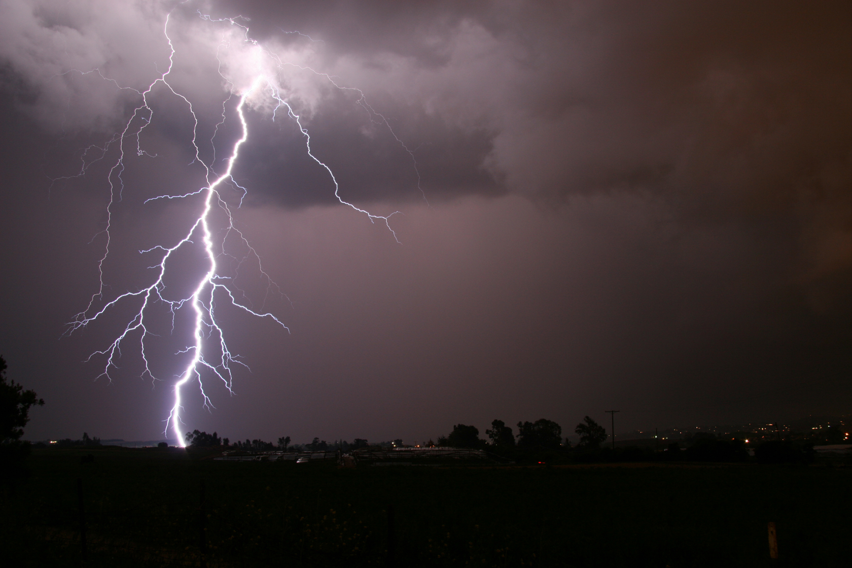 Building the Lightning Detector – New Weather Instructable Published.